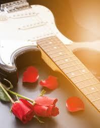 great anniversary gifts 7 great anniversary gifts for guitar players guitar storage