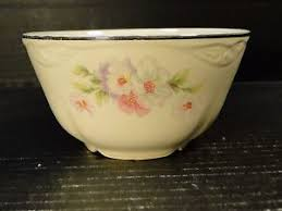 homer laughlin fluffy homer laughlin virginia fluffy cranberry oatmeal bowl ebay