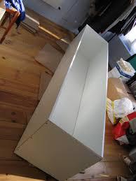 fabrication de coffre en bois blog maison des près coffre de rangement sur un coup de tête