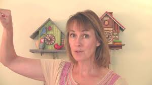 How To Wind A Cuckoo Clock How To Set The Time On Your Cuckoo Clock Youtube