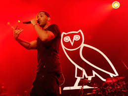 does drake have tattoos
