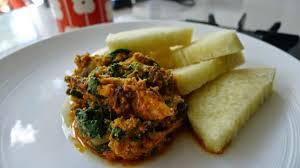 comment cuisiner l igname ragoût de feuilles de taro et igname bouillie recettes nc