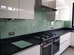 kitchen glass backsplash best 25 kitchen glass splashbacks ideas on glass