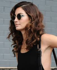 how to get soft curls in medium length hair 20 different hairstyles for shoulder length hair