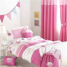 rideau de chambre fille ordinary rideau chambre bebe fille 14 disney cars 2 rideau