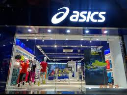store in mumbai asics strengthens its presence in mumbai opens its second store