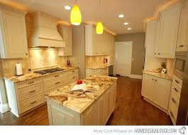 cream kitchen cabinets what color walls colored with white