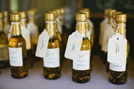 wine bottle wedding favors basically gifts for everyone e s c o r t c a r d s