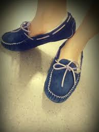 ugg meena sale 103 best moccasins images on moccasins shoes and