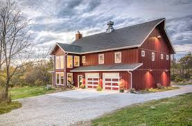How To Build A Barn Style Roof A Lifetime Love Of Barns Inspires A New Custom Home Silent