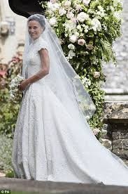 wedding dress no pippa middleton chose giles deacon for wedding dress daily mail