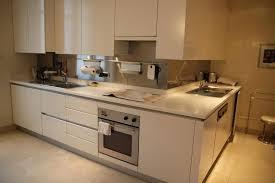 faience cuisine beige peinture carrelage sol attachant couleur cuisine avec carrelage