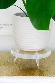 Lucite Vases Diy Lucite Plant Stand U2013 A Beautiful Mess