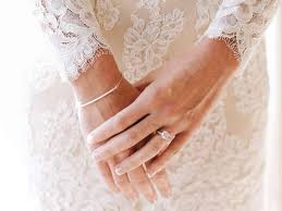 how to wear your wedding ring wedding rings ideas advice