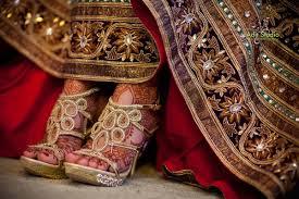 Wedding Shoes India Mehndi Gold Shoes And Beautiful Details India Fashion