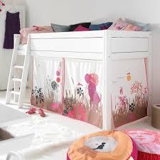 cabane fille chambre chambre enfant lit cabane fille avec voile pour chambre enfant le