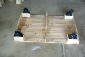 Diy Wood Pallet Coffee Table by Maximize Your Outdoor Space With A Pallet Coffee Table On Wheels