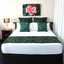 bed runners bed runners