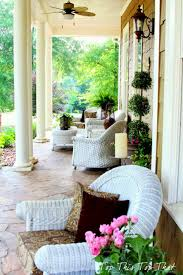Summer Porch Decor by Best 10 Southern Front Porches Ideas On Pinterest Southern