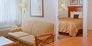 2 bedroom suites in houston houston hotels candlewood suites houston medical center extended