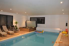 chambre avec piscine bed and breakfast chambre avec piscine privée et spa martin
