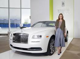 rolls royce gold rims rolls royce wraith u2013 inspired by fashion unveiled as haute couture