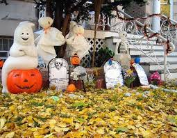 Halloween Ghost Decorations For Trees by Nice Halloween Decorations Halloween Pool Decorations Cheap