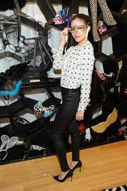 culpo shopping for her halloween costume at the yandy showroom