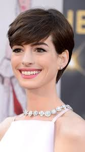 dos and donts for pixie hairstyles for women with round faces new trend short hair dont care fashion et passion