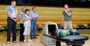 professional bowlers u0026 celebs bring attention to t1d at
