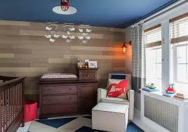 plafond chambre bébé chambre de bébé stylée et reposante en avant le bleu