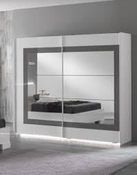 armoire design chambre chambre a coucher avec armoire design porte coulissante meubles de