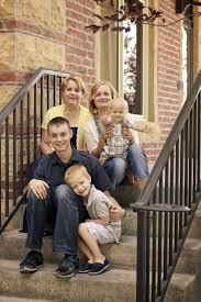 family picture color ideas what to wear for family pictures the realistic mama