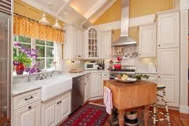Cottage Style Kitchen Island by Cottage Style Kitchen Designs