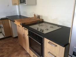 plan de travail cuisine noir paillet réalisation de plan de travail de cuisine en granit noir à salon