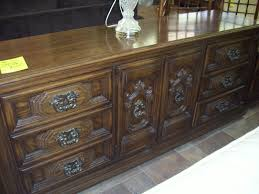 Discontinued Thomasville Bedroom Furniture by Furniture Thomasville Dresser Thomasvillefurniture Thomas