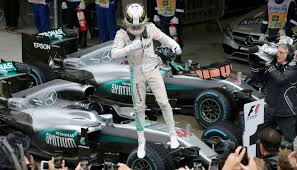 lewis hamilton breaks f1 record after winning brazilian grand prix