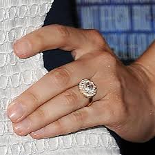 ring engaged dave franco and alison brie are engaged see stunning ring