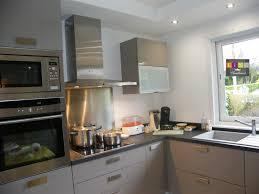 cuisine gris taupe meuble cuisine laqu meuble de cuisine laque meuble de cuisine laque