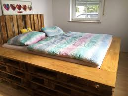 How To Make A Platform Bed Frame With Pallets by 45 Easiest Diy Projects With Wood Pallets