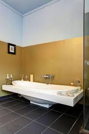 wandfarben badezimmer die besten 25 tapete für bad ideen auf tapeten für