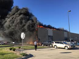 nissan armada wichita ks plane slams into airport building in wichita kansas four dead