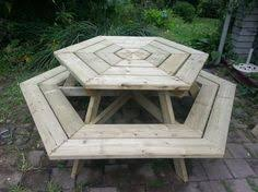 Make A Picnic Table Free Plans by Diy Eight Seater Octagonal Picnic Table Plans L Build Easy Plans