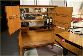 Modern Curio Cabinets Curio Cabinet Bar Curionet Amazing Picture Inspirations
