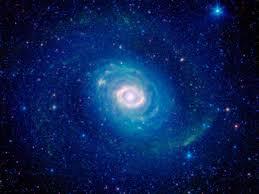 imagenes universo estelar el anillo de fuego de la galaxia m94 una región frenética de
