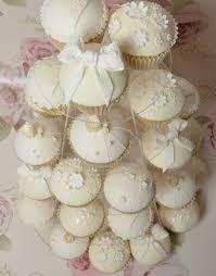 hochzeitstorte cupcakes cupcakes statt hochzeitstorte 30 ideen für die verzierung