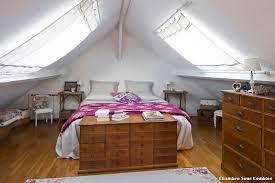 chambre dans combles chambre combles decoration beautiful ma nouvelle chambre sous les
