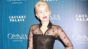 do you have to leave alot of hair out for versatile sew in miley cyrus fans leave horrible comments about her dyed armpit