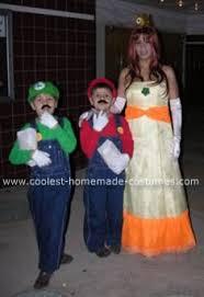 Halloween Costumes Luigi Coolest Homemade Mario Luigi Princess Daisy Costumes Daisy