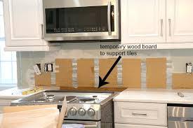 easy to install kitchen backsplash how to install backsplash davidarner com